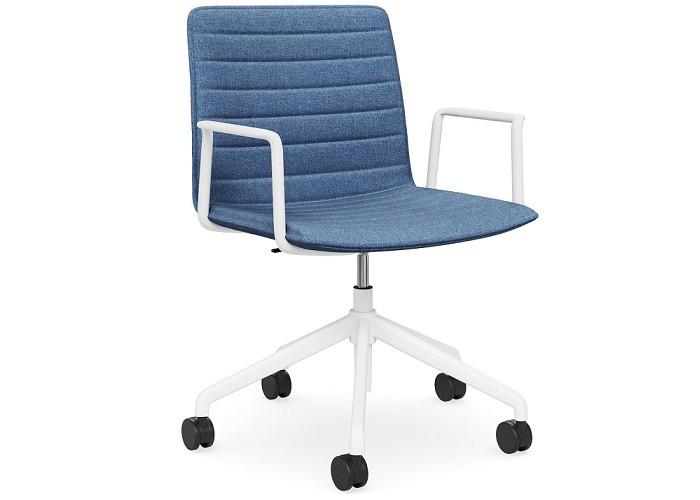 DD Nikola Meeting Chair with White Arm Rest
